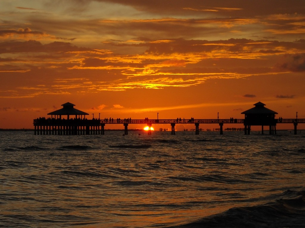 Southern Florida Beaches: Fort Myers Beach Pier