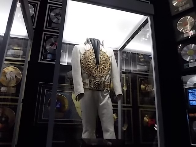 G Graceland shrine Show clothing 4