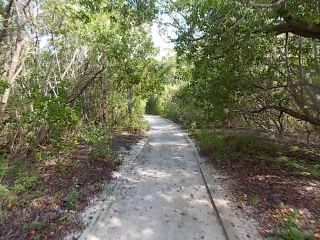 LKSPB path to pier