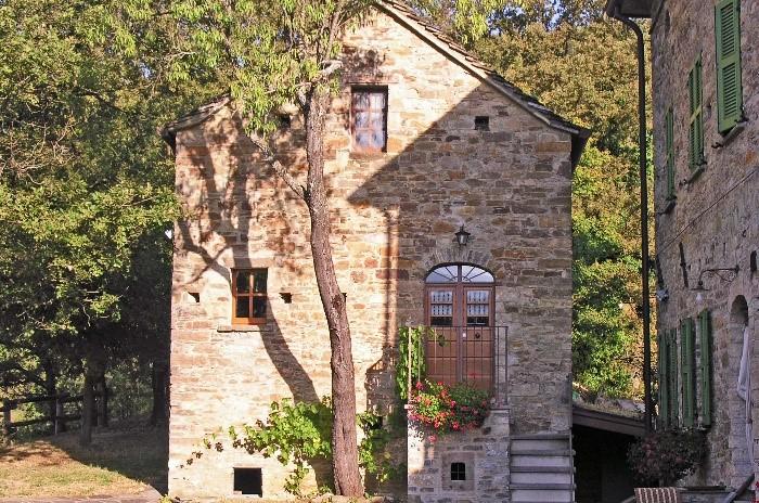 Par 5 Pics of house