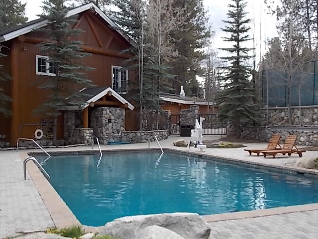 Shore Lodge Pool