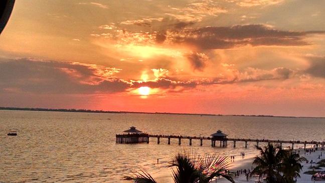 FMB Sunset Pic from Lani Kai 2