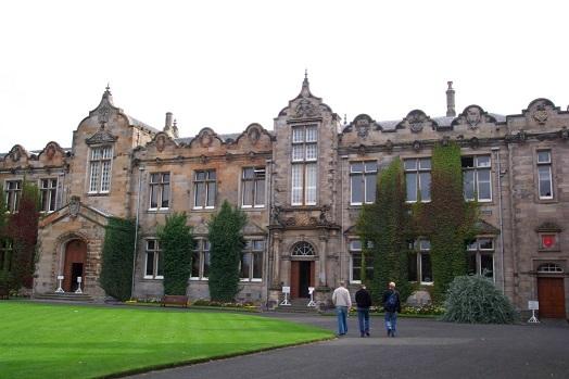Pic 6 - University