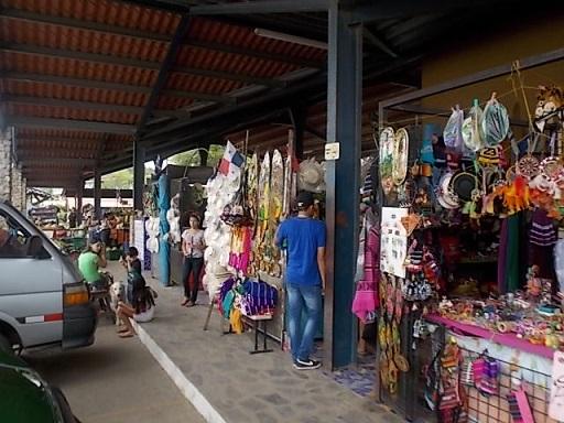 El Valle Market 3