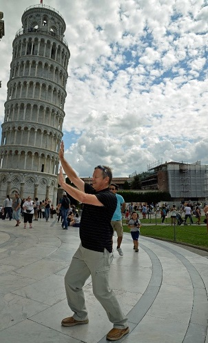 Leaning Pisa Tower Pic 9